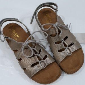 Sandals, cuddlers, 8.5